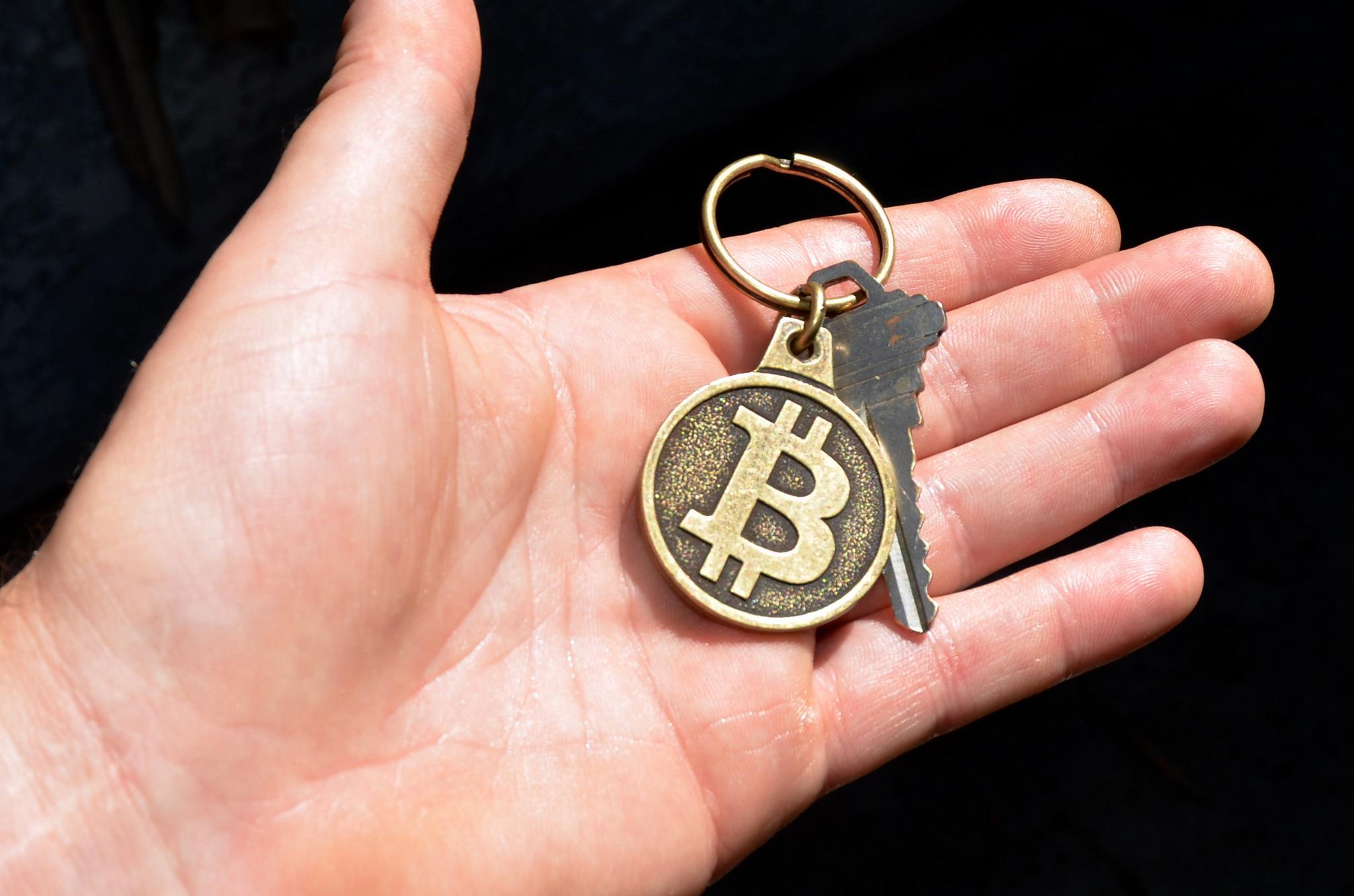 世界同時不況の時に仮想通貨が未来のカギになる